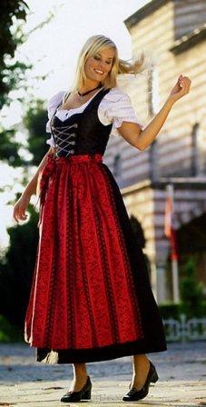 5651e0d3cba Баварский женский национальный костюм. Немецкая национальная одежда